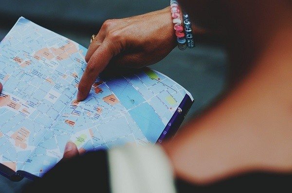 solo travel plan your arrival to avoid getting lost