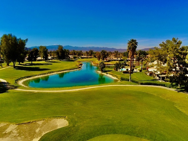 buying renting property near golf course